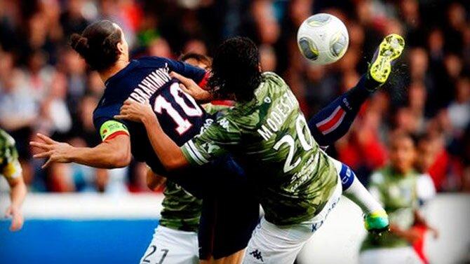 Mustafa Yumlu'nun golü Ibrahimovic'in PSG formasıyla attığı bu gole benzetildi.