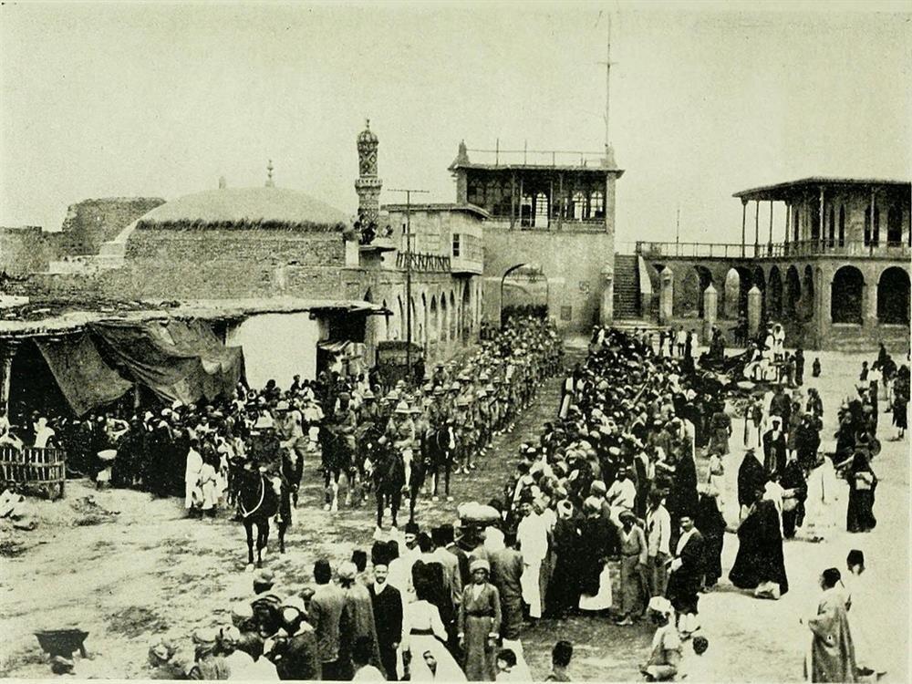 İngiliz Ordusu Bağdat'a girerken... (1917)