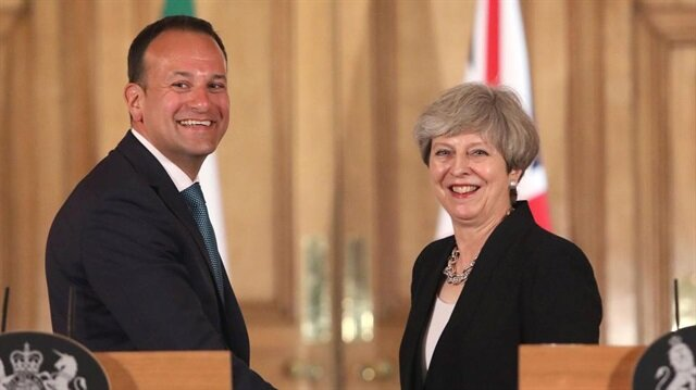 Taoiseach To Meet Theresa May To Progress Stormont Talks