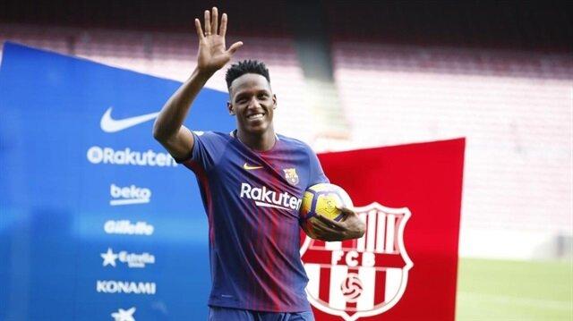1.95 boyundaki Mina, Barcelona ile 5.5 yıllık sözleşme imzaladı.