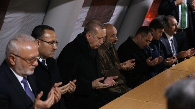 Taziye ziyaretinde Cumhurbaşkanı Erdoğan'a, Başbakan Yardımcısı Bekir Bozdağ, Adalet Bakanı Abdülhamit Gül, Aile ve Sosyal Politikalar Bakanı Fatma Betül Sayan Kaya refakat etti