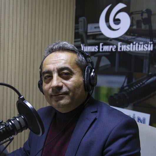 """بمبادرة من """"يونس إمره"""".. إذاعة """"صوت اللغة التركية"""" تتجاوز الحدود"""
