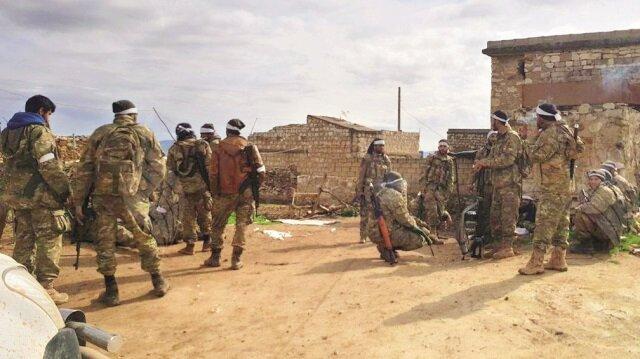 TSK ve ÖSO, dün iki köyü daha teröristlerden arındırdı. Bülbül ile Azez arasındaki Ömer Simo köyünde kontrol sağlandı.