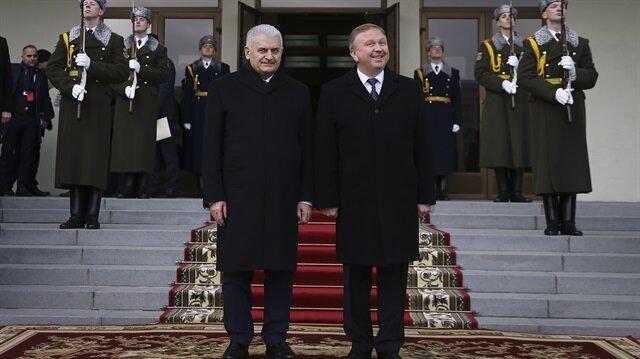 Başbakan Binali Yıldırım ve Belarus Başbakanı Andrey Kobyakov.