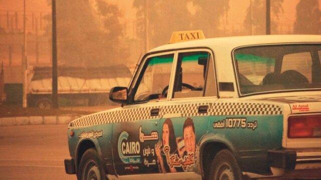 Kahireli taksi şoförlerinin 58 farklı monoloğundan oluşan kitap aynı zamanda, devrimin de habercisi oldu.