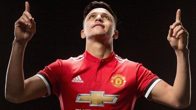 Alexis Sanchez, devre arası transfer döneminde Arsenal'den Manchester United'a transfer oldu.