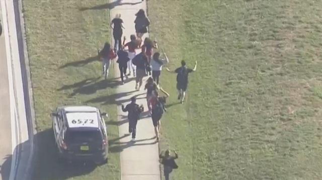 AMERİKA ABD'de okulda silahlı çatışma: 20'den fazla yaralı