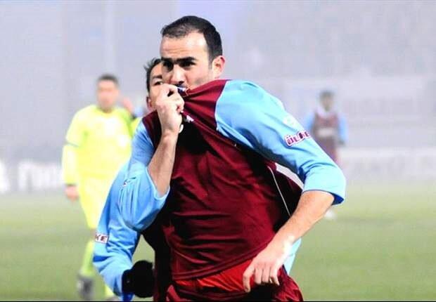 Gökhan Ünal bir dönem Trabzonspor, Fenerbahçe ve Kayserispor formaları giymişti.