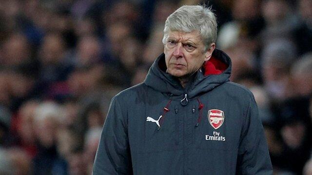 Arsenal, Aubameyang için 63 milyon euro ödemişti.