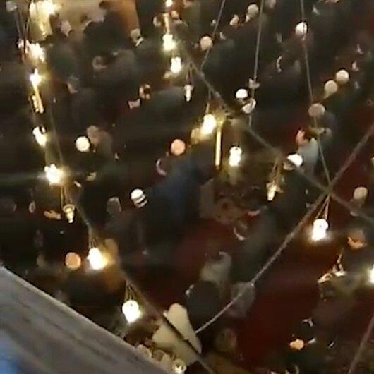 Cuma Hutbesi'ndeki 'cihad' vurgusu cemaati ayağa kaldırdı