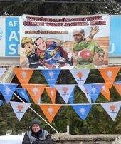 AK Parti kongresinde dikkat çeken pankart