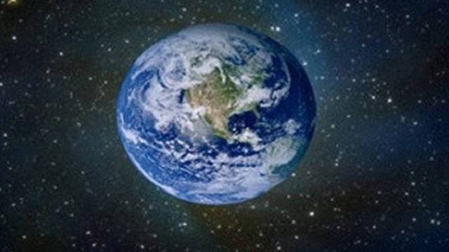 كيف يبدو كوكب الأرض والقمر من بعد 39.5 مليون ميل؟