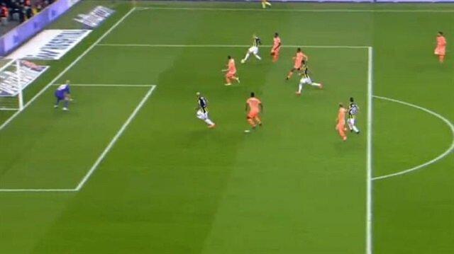 Fenerbahçe'nin ikinci golü tartışma çıkardı