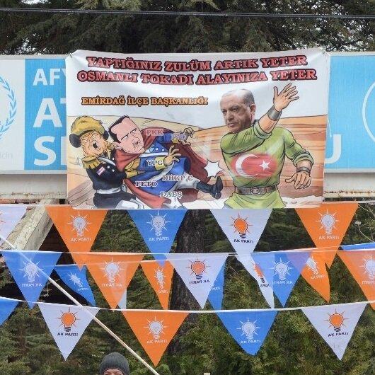 Afyonkarahisar'da çarpıcı 'Osmanlı tokadı' pankartı
