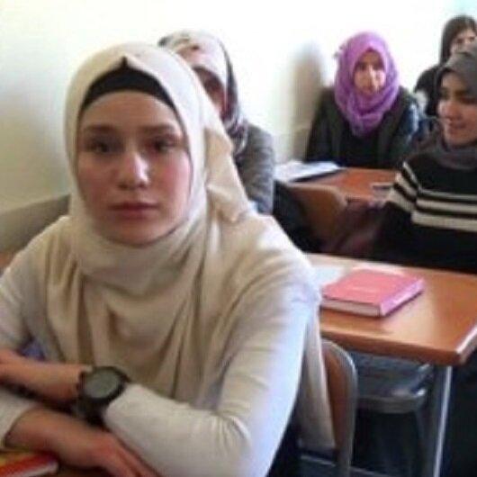 جمعية تركية تقدّم منح مالية جزئية لـ(500) طالب جامعي بغزة