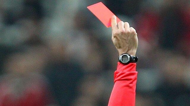 Ortalığı karıştıran gol sevinci 9 kırmızı kart çıkarttı