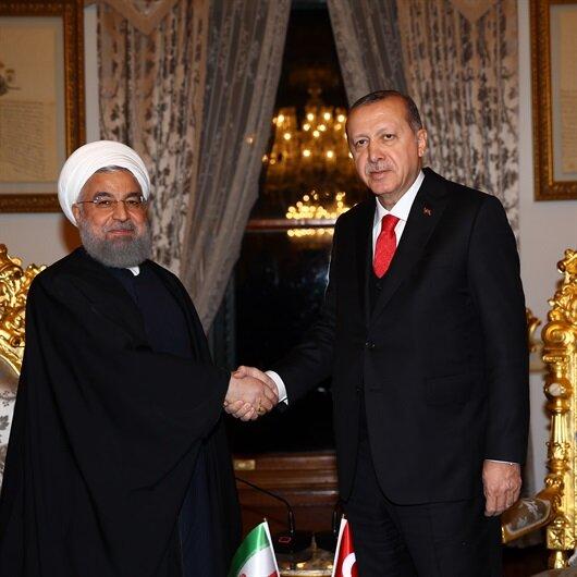 Putin'den sonra Ruhani ile görüştü