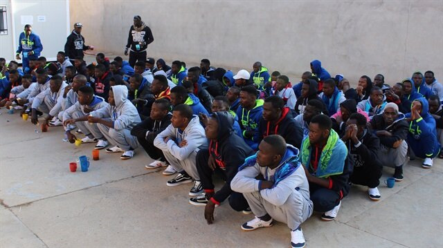 Libyan coast guards rescue 324 migrants in open water