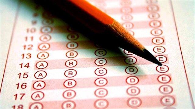 AÖF bahar dönemi ara sınavları 14-15 Nisan'da, dönem sonu sınavları ise 2-3 Haziran'da yapılacak.