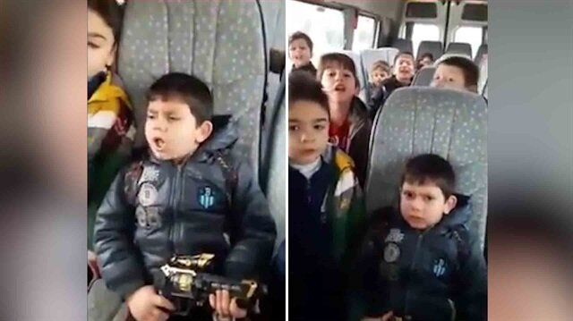İşte adam olacak çocuk: Okul servisinde Komando Marşı