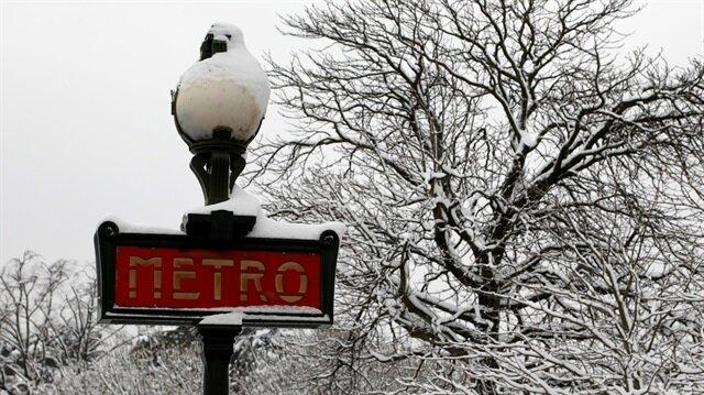 Paris metro expansion plan delayed before 2024 Olympics