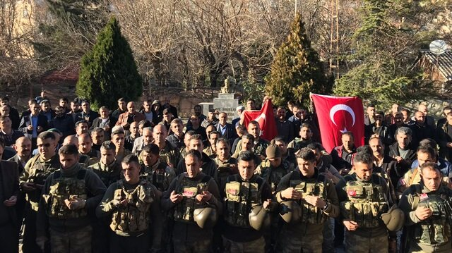 Village guards join Turkish forces in Afrin op