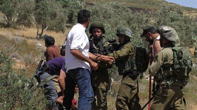 İşgalci İsrail askerleri Gazze'de Filistinlilere saldırdı: 8 yaralı