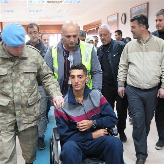 Afrin gazisi memleketi Bitlis'e uğurlandı