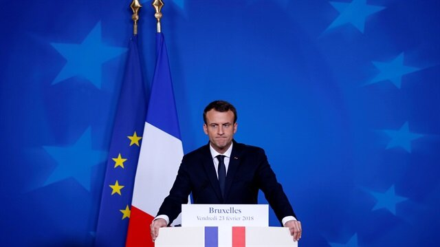 France's Macron engages hecklers in farm-show rite of passage