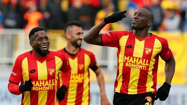 Demba Ba'dan Süper Lig'i sallayan gol