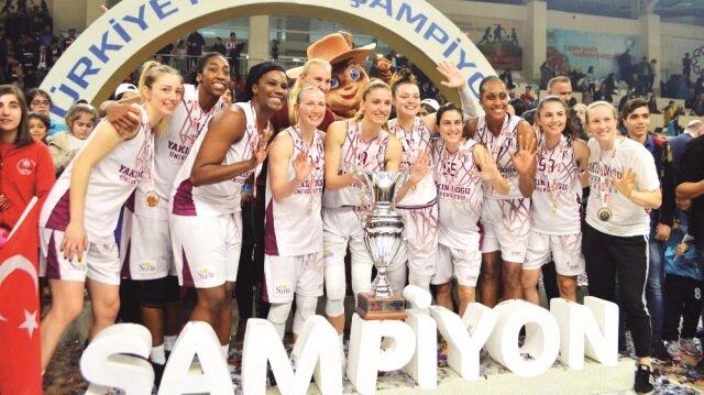 Finalinde Yakın Doğu Üniversitesi, Hatay Büyükşehir Belediyespor'u 86-79 mağlup ederek, şampiyon oldu