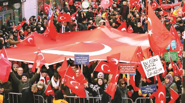 Zeytin Dalı'na  destek mitingi