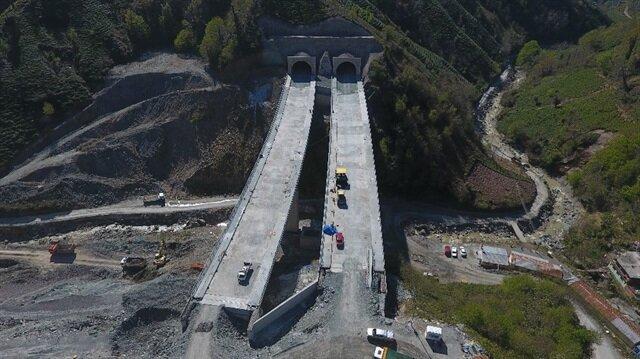 Karadeniz'i İran'a bağlayan Cankurtaran Geçidi'nde tünel açıldı