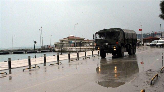 Sinop'a gelen askeri sevkiyatlar merak konusu oldu.