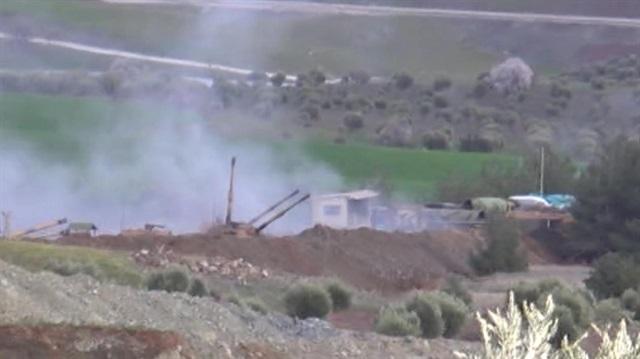 Afrin'deki törer mevzilerine bomba yağdı