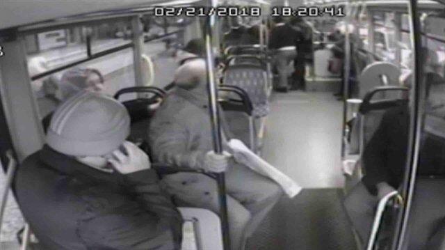 Kahraman otobüs şoförü kalp krizi geçiren kadını hastaneye böyle yetiştirdi