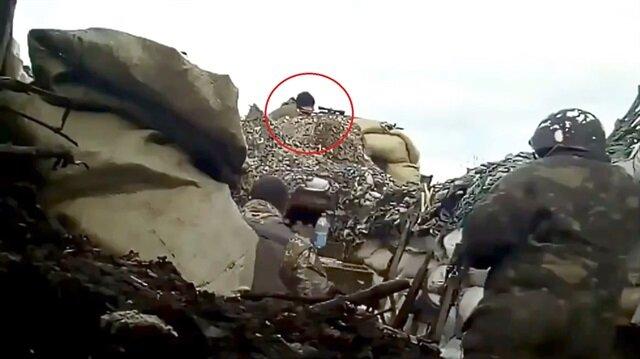 Rus keskin nişancının vurulma anı kamerada!