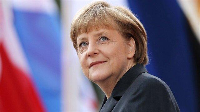 Almanya'da dördüncü Merkel dönemi başlıyor