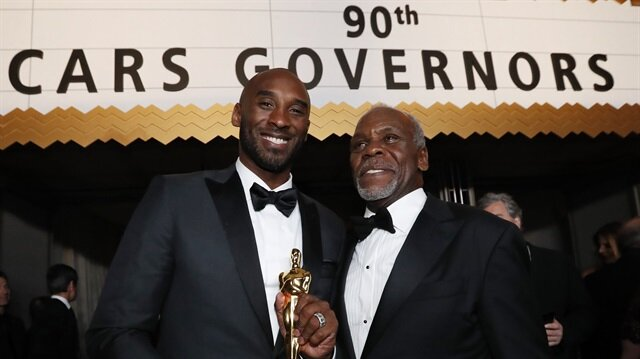 Kobe Bryant wins Oscar for his animated short 'Dear Basketball'