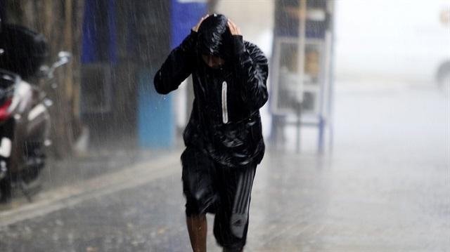Meteorolojiden bazı illere kuvvetli yağış uyarısı yapıldı.