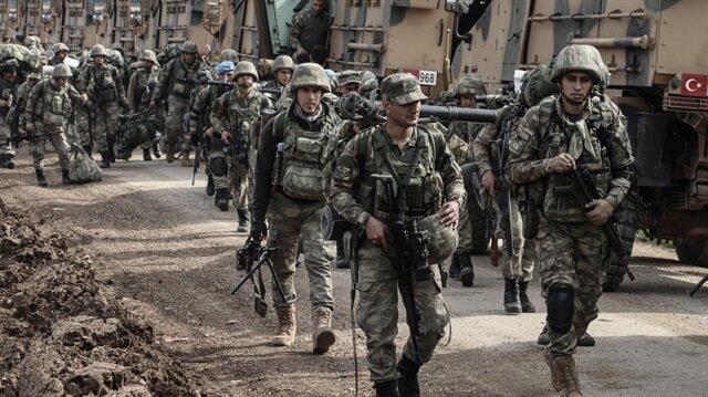 Komandolar Afrin için sınıra geldi