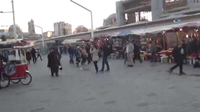 Taksim Meydanı'nda silah sesleri