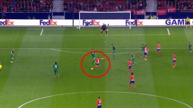 Atletico'nun genç yıldızı 35 metreden füzeyi gönderdi!