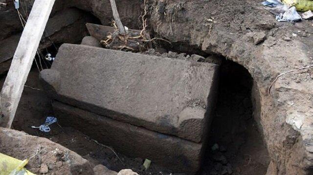 Lahit mezar açıldı gerçek ortaya çıktı