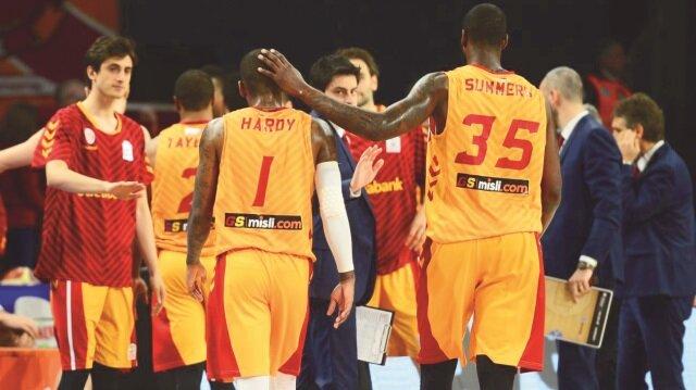 Galatasaray Odeabank, sahasında Eskişehir Basket'i 84-78 yendi.