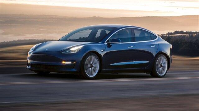 Tesla 4 gün kontak kapattı