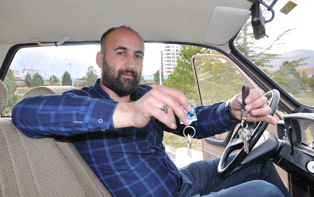 Aracın sahibi, aracı kullanırken çok farklı bir haz aldığını belirtiyor.