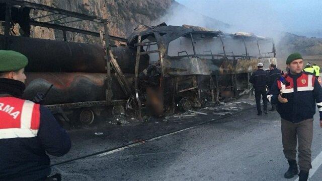 Çorum'daki kazada 13 kişi hayatını kaybetmiş, 20 kişi de yaralanmıştı.