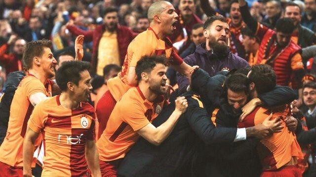 Galatasaray, 25 haftada attığı 61 golle de rakiplerini geride bıraktı.