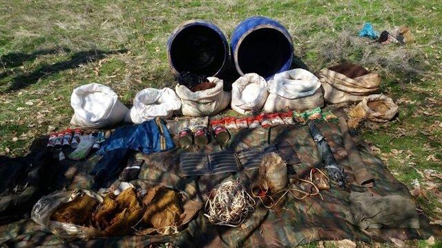 El yapımı patlayıcı, 100 kilogram amonyum nitrat, muhtelif gıda ve yaşam malzemeleri güvenlik güçlerince imha edildi